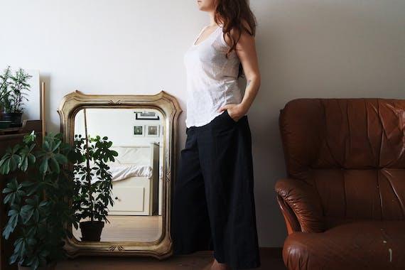 grote spiegel voor op de grond